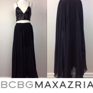 Bcbg Black pleated sheer skirt L EUC